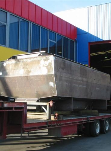 Truck Mounting Water Tank